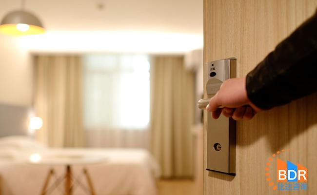 2019Q1在线酒店预订报告:男性用户超6成,经济型连锁酒店受用户青睐
